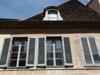 façade2.jpg