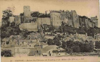 chinon_chateau1924 1.jpg