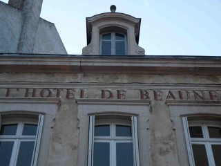 Hôtel de Beaune.jpg